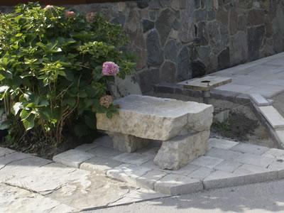 Macomb County, MI: Using Stone Slabs in Landscape Design